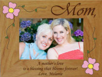 Personalized A Mother's Love Flower Photo Frame
